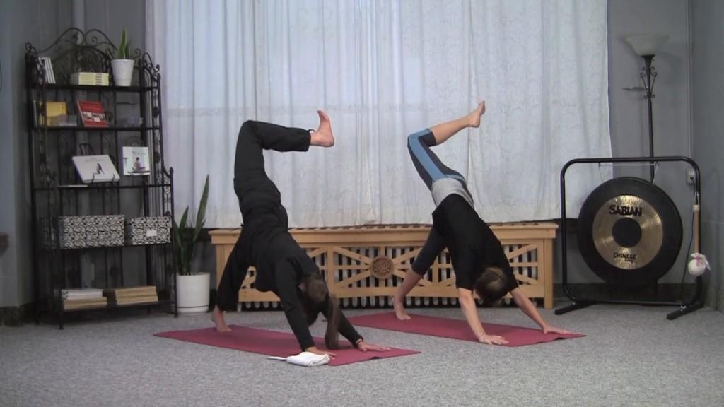 Yogalates: 3+